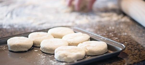 hazelnut-biscuits