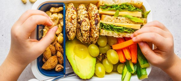 Foods low in carbohydrates that the whole family will enjoy