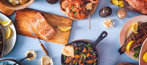 Enjoy healthy low carb keto friendly seafoods.